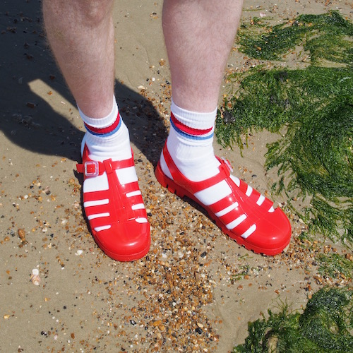 jelly sandals hunter gather topman socks