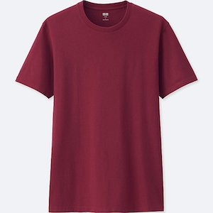 Get The Look Menswear Wild Wild Country Uniqlo red T-shirt'